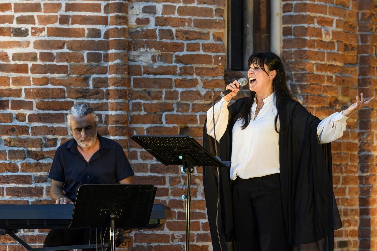 2 Sandra Zoccolan e Mell Morcone